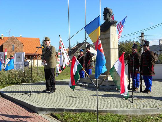Pomutz emlékünnepség Gyula 2012.október.12.