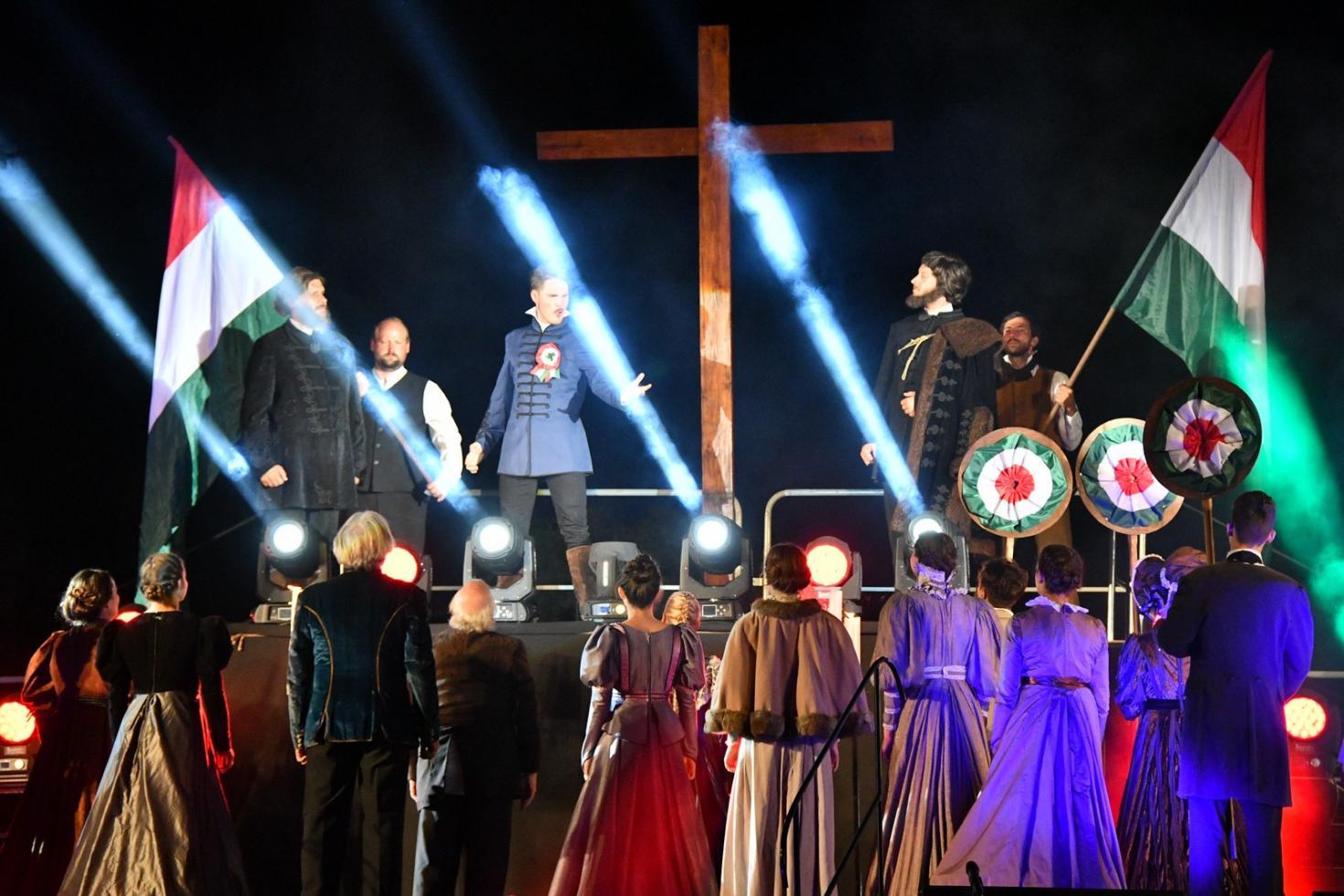 """Vésztő-Mágor – közreműködés az """"Itt élned, halnod kell!"""" c. történelmi rockmusicalben – 2017.08.19"""