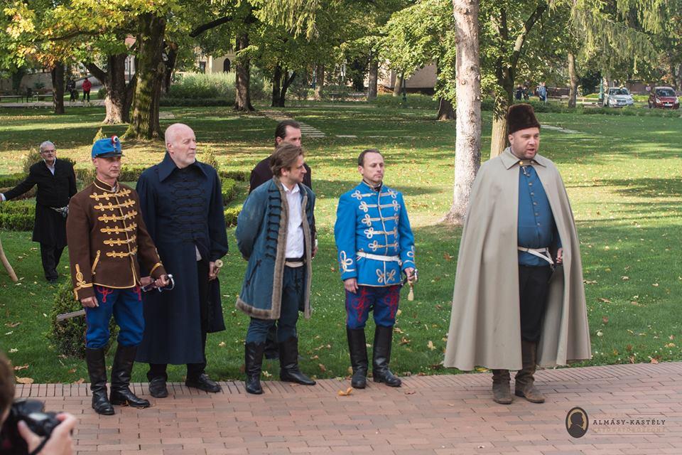 Gyula, Almássy kastély - Aradi erkelyemúzeum kiállítás megnyitó 2016.10.07.