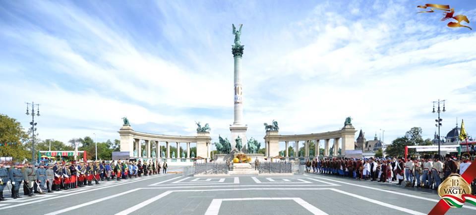 Budapest, Hősök tere - részvétel a X. Nemzeti vágta ünnepi megnyitóján 2017.09.16.